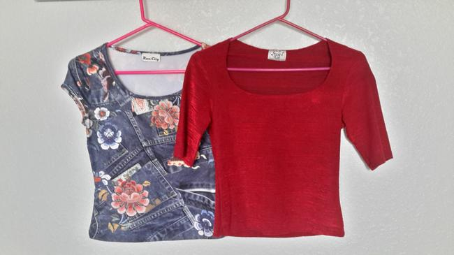 Spoiled Jean Stretch Stretchy Graphic Print Sexy Pretty T Shirt Red and Blue