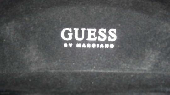 Guess Guess sunglasses case