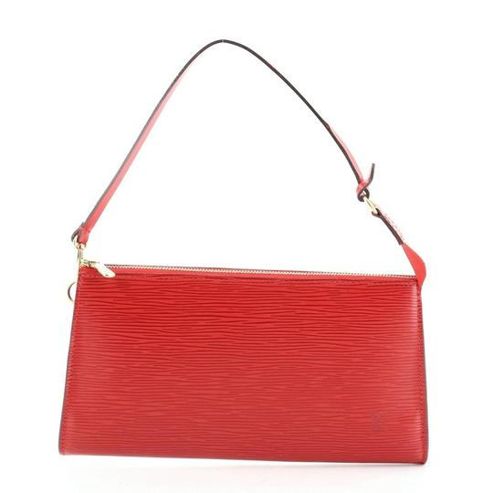 Preload https://img-static.tradesy.com/item/27991588/louis-vuitton-pochette-accessoires-red-leather-shoulder-bag-0-0-540-540.jpg