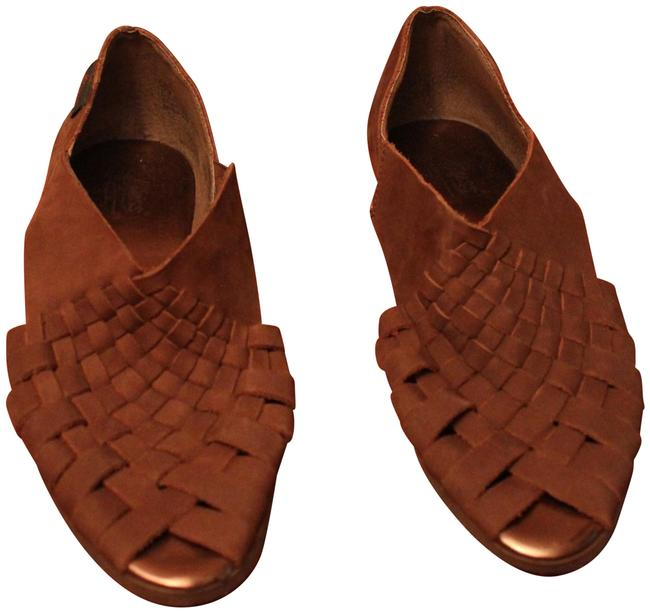 Item - Honey Cocoa Collection Sandals Size US 7.5 Regular (M, B)