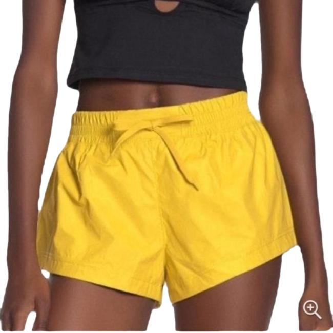 Item - Reflective Yellow Activewear Bottoms Size 0 (XS, 25)