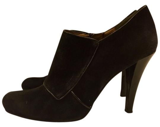 Preload https://item3.tradesy.com/images/enzo-angiolini-black-bootsbooties-size-us-8-regular-m-b-2799637-0-0.jpg?width=440&height=440