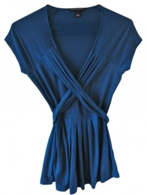 Preload https://item3.tradesy.com/images/banana-republic-blue-v-neck-tie-back-blouse-size-4-s-27997-0-0.jpg?width=400&height=650