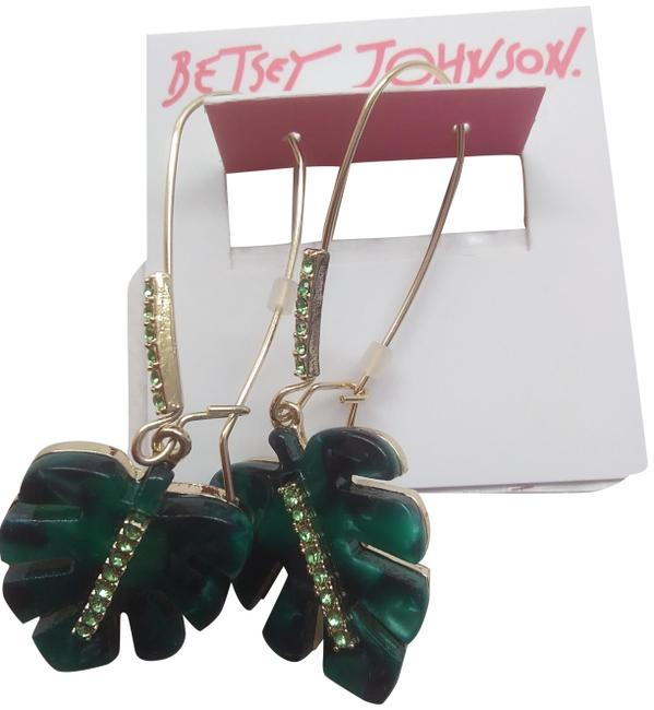 Item - Green New Palm Frond Earrings
