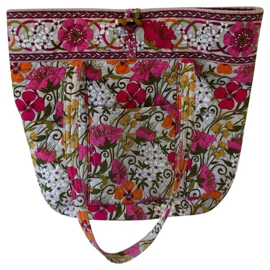 Preload https://item1.tradesy.com/images/vera-bradley-tea-garden-pink-white-yellow-green-and-orange-quilted-cotton-tote-2800390-0-0.jpg?width=440&height=440