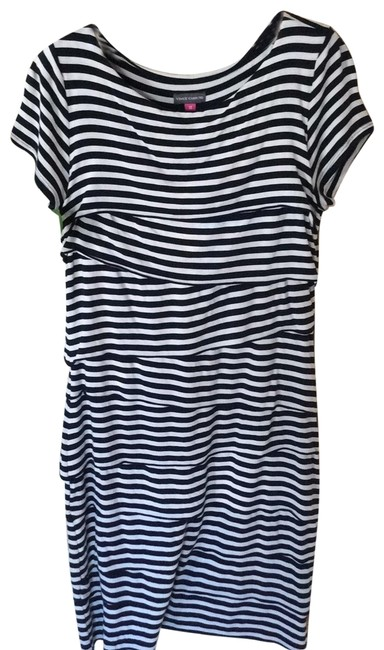Vince Camuto Navy & White Like New Short Casual Dress Size 10 (M) Vince Camuto Navy & White Like New Short Casual Dress Size 10 (M) Image 1