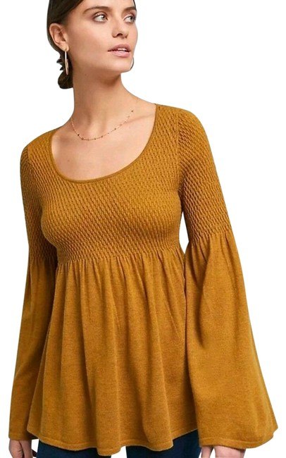Item - Knitted Knotted Bell-sleeve Gold Sweater