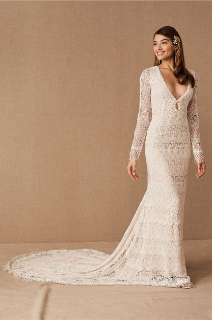 Item - Ivory Nude Lace Daughters Of Simone Danni Gown Feminine Wedding Dress Size 8 (M)