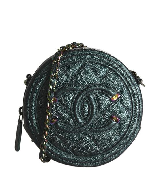 Item - Ap0365 Vanity Caviar Quilted (190263) Green Leather Cross Body Bag