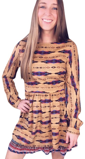Item - Tan Aztec Boho Long Sleeve Midi Small Women's Mid-length Night Out Dress Size 6 (S)