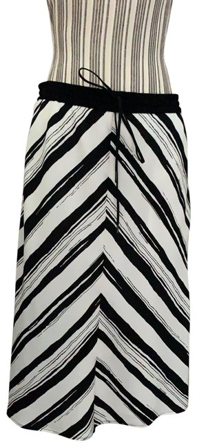 Item - Black and White Skirt Size 8 (M, 29, 30)