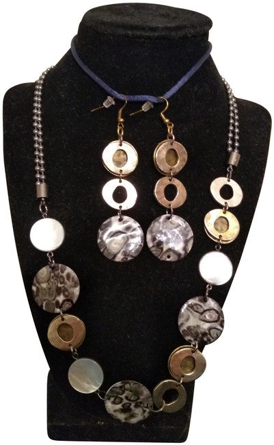 """Item - 2 Cate Coin 24"""" and Earrings Necklace"""