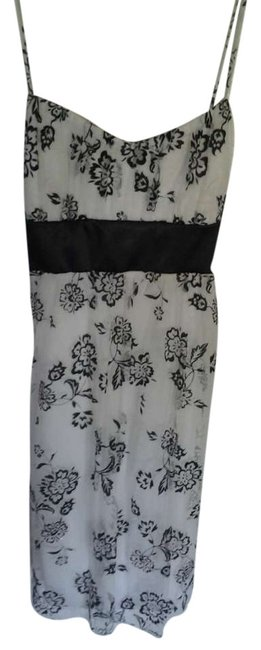 Item - Black and White Lace Tool Length Above Knee Cocktail Dress Size 12 (L)