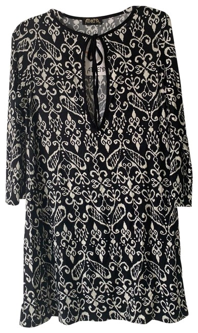 Item - Long Sleeve Tunic Cover-up/Sarong Size 4 (S)