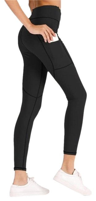 Item - Black With Pockets Activewear Bottoms Size 4 (S, 27)