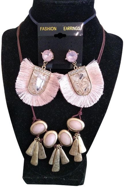 """Item - Rose 23"""" and J. Pierce Earrings Necklace"""