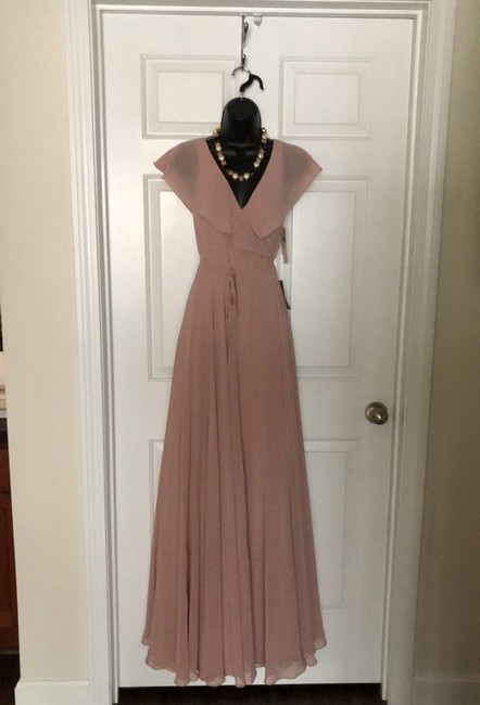 Item - Whipped Apricot Polyester Modern Bridesmaid/Mob Dress Size 0 (XS)