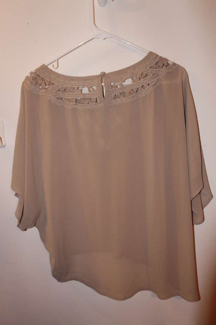 Forever 21 Lace Embroidered Nude Flowy Top Pale/tan