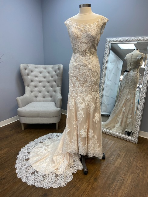 Item - Ivory Over Champagne Lace Sheath Gown Vintage Wedding Dress Size 10 (M)