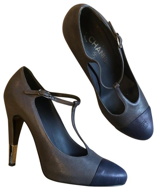 Item - Grey with Navy Blue Cap Toe Chaus Ouvertes Pumps Size EU 40 (Approx. US 10) Regular (M, B)
