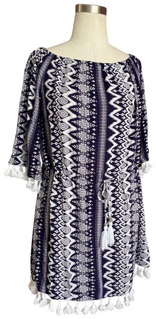 Item - Navy and White Navy/White Dress Adj Waist Tassels Large Cover-up/Sarong Size 12 (L)