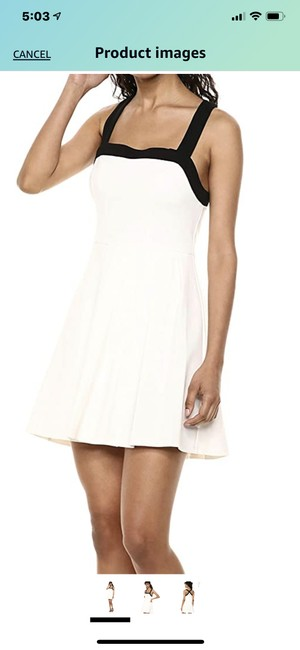 Item - White and Black Optic Short Casual Dress Size 6 (S)