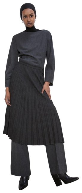 Item - Gray Pleated Buttoned Ref 7149/266 Skirt Size 4 (S, 27)