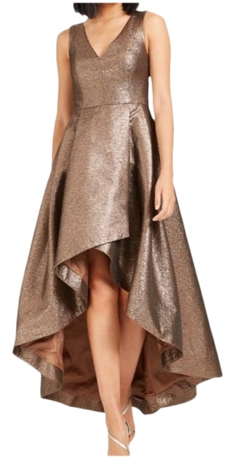 Item - Metallic with Gold Undertones. Hi-low Ball Gown Long Formal Dress Size 2 (XS)