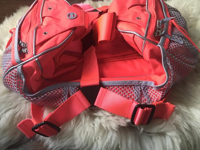 adidas By Stella McCartney Tote Backpack Tennis / Red Polyester Weekend/Travel Bag adidas By Stella McCartney Tote Backpack Tennis / Red Polyester Weekend/Travel Bag Image 5