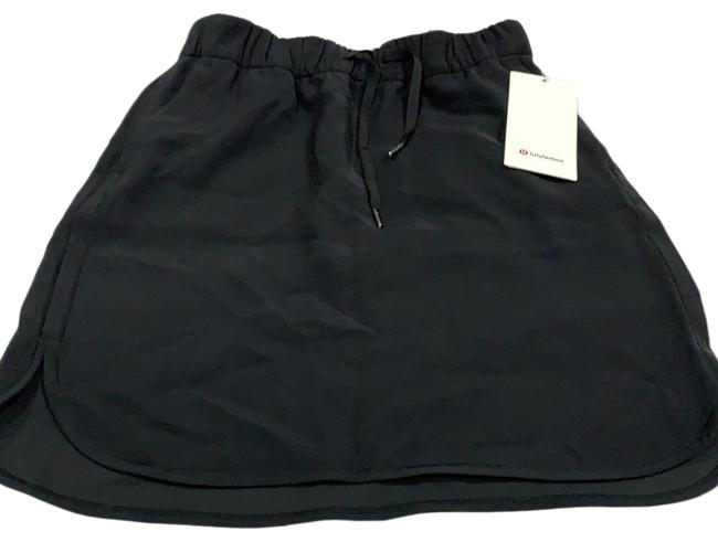 Item - Black On The Fly Skirt Size 6 (S, 28)
