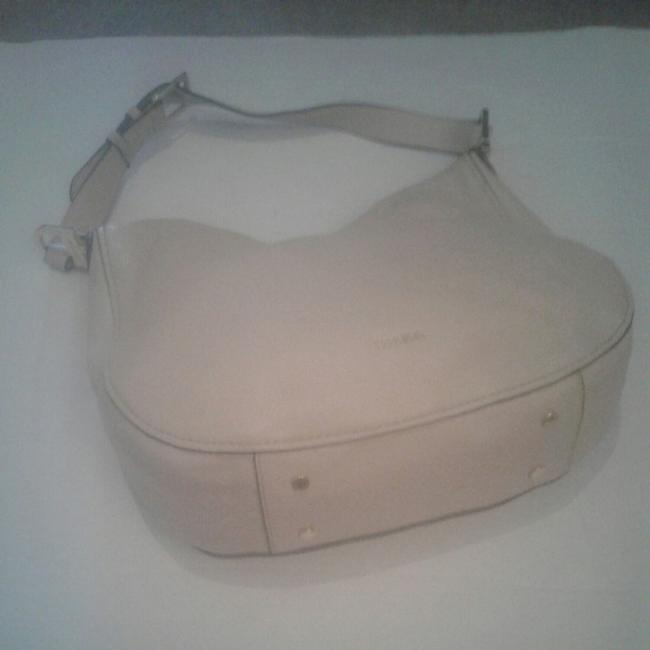 Item - Shoulder Classy A Creamy Pale Rose Leather Hobo Bag