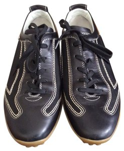 Tod's Black Athletic