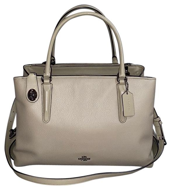 Item - Brooklyn Coach Taupe Pebbled Leather Satchel