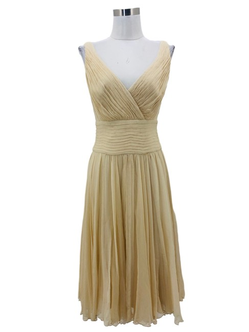 Item - Ivory 1300 Designer Small Silk Empire Waist Mid-length Formal Dress Size 4 (S)
