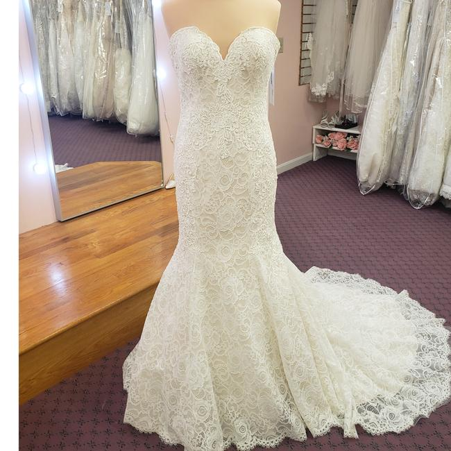MADISON JAMES Lace and Tulle I Do Not Know Feminine Wedding Dress Size 14 (L) MADISON JAMES Lace and Tulle I Do Not Know Feminine Wedding Dress Size 14 (L) Image 1