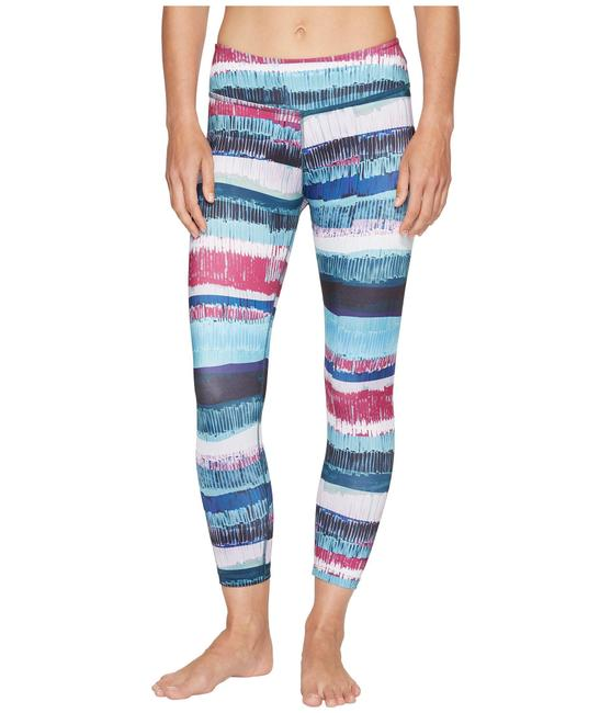 Item - Blue Lux Print Capri In Palm Shadow Activewear Bottoms Size 2 (XS, 26)