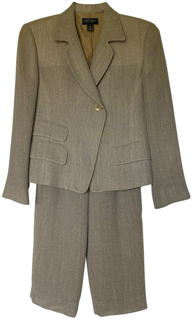 Item - Taupe Classic Piece Jacket and Slacks Pant Suit Size Petite 2 (XS)