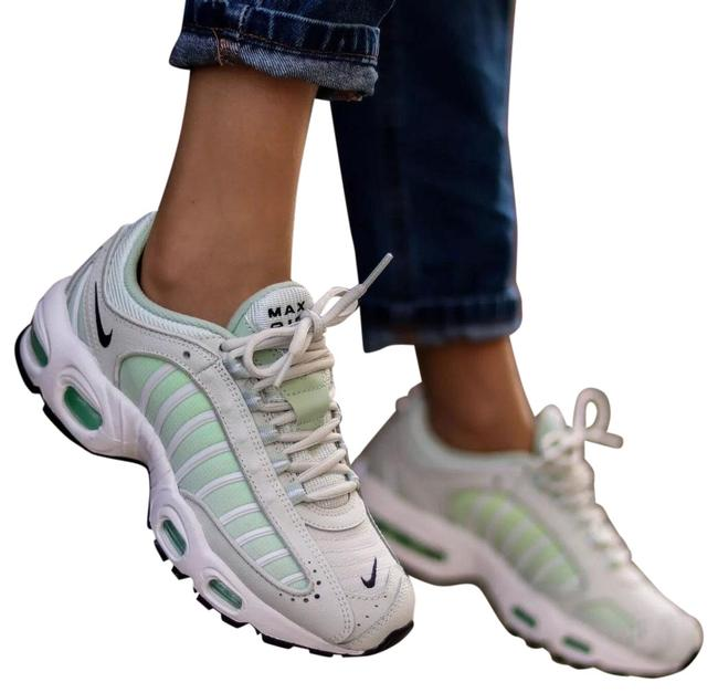 Item - White Women's Air Max Tailwind Iv Spruce Aura Provides Lightweight Cushioning. Synthetic Leather Upper Is Rubber Sneakers Size US 7.5 Narrow (Aa, N)