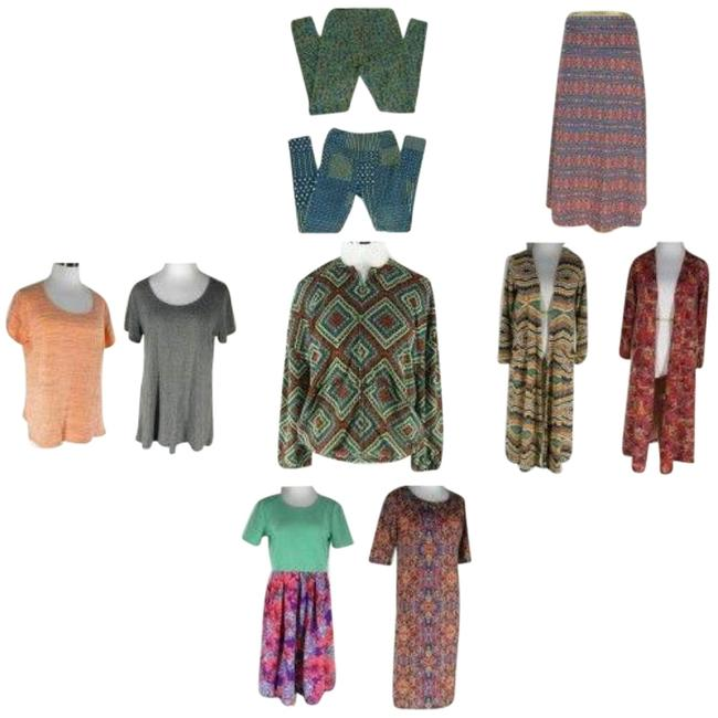 Item - Multicolor Mixed Clothing Lot Tee Shirt Size 8 (M)