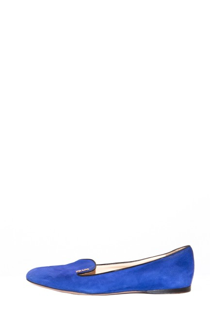 Item - Blue Suede Round-toe Loafers Flats Size EU 38.5 (Approx. US 8.5) Regular (M, B)