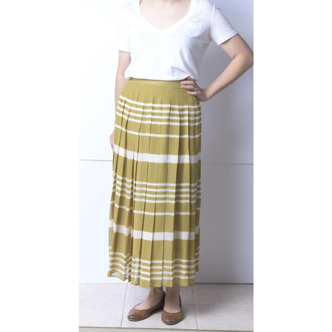 Madewell Olive/Ivory Silk Pleated Skirt Size 4 (S, 27) Madewell Olive/Ivory Silk Pleated Skirt Size 4 (S, 27) Image 2