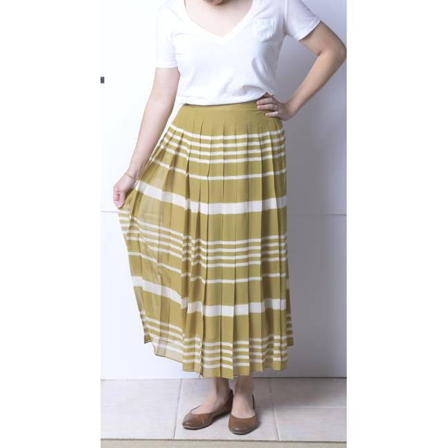Madewell Olive/Ivory Silk Pleated Skirt Size 4 (S, 27) Madewell Olive/Ivory Silk Pleated Skirt Size 4 (S, 27) Image 3