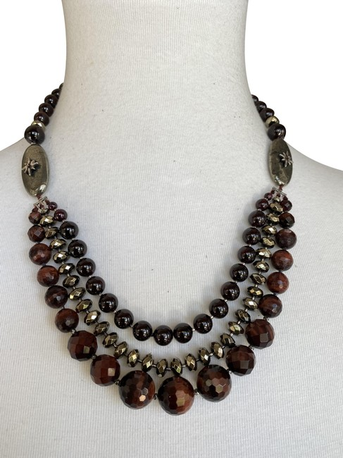 Item - Red New White Howlite Mix Pre-layered Necklace