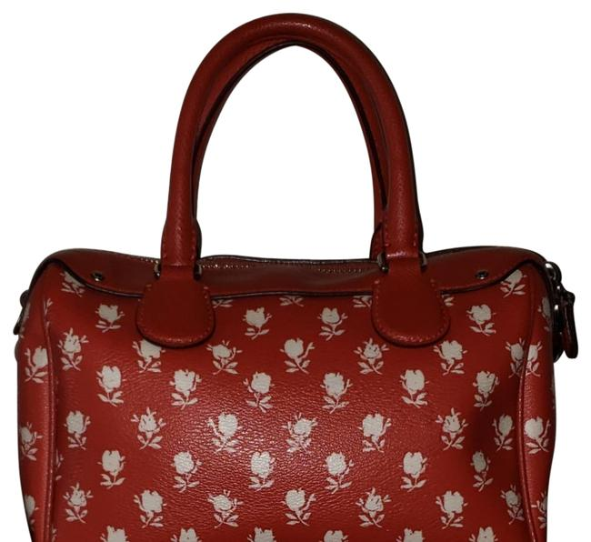 Item - Bennett Mini In Badlands Floral Print Coated Canvas F38160) Silver/Carmine Multi Leather Satchel