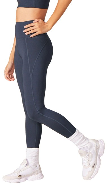 Item - Midnight Compressive High-rise Activewear Bottoms Size 8 (M, 29, 30)
