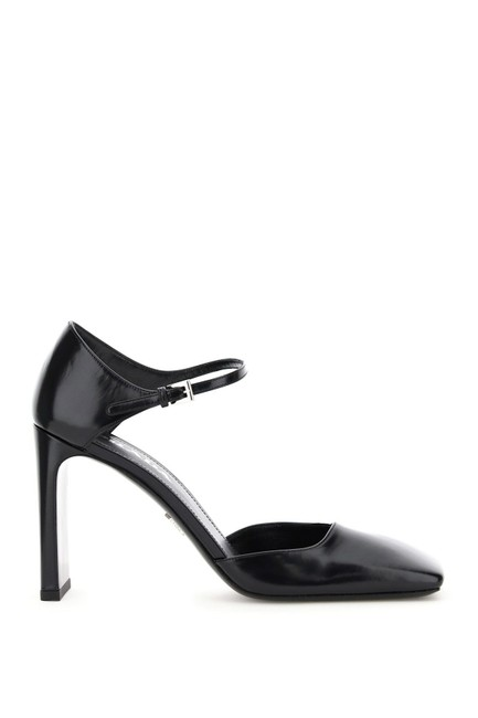 Prada Black Mary Jane Pumps Size EU 35 (Approx. US 5) Regular (M, B) Prada Black Mary Jane Pumps Size EU 35 (Approx. US 5) Regular (M, B) Image 1