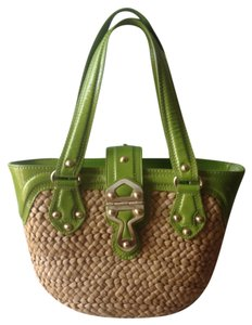 Michael Kors Trim Gold Hardware Tote in Beige Straw With Green Patent Leather