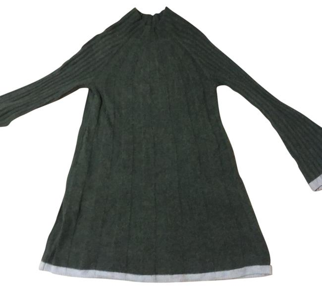 Item - Green Sweater Short Casual Dress Size 2 (XS)