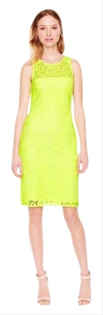 Item - Neon Yellow Collection Lace Sheath Fitted Sleeveless Short Cocktail Dress Size 0 (XS)