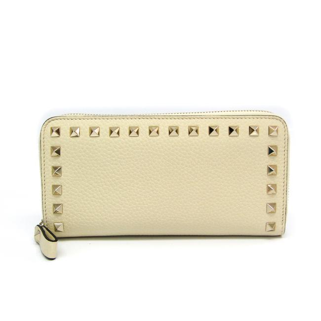 Valentino Ivory Long Rock Studs Qw2p0645vsh Women's Leather (Bi-fold) Wallet Valentino Ivory Long Rock Studs Qw2p0645vsh Women's Leather (Bi-fold) Wallet Image 1